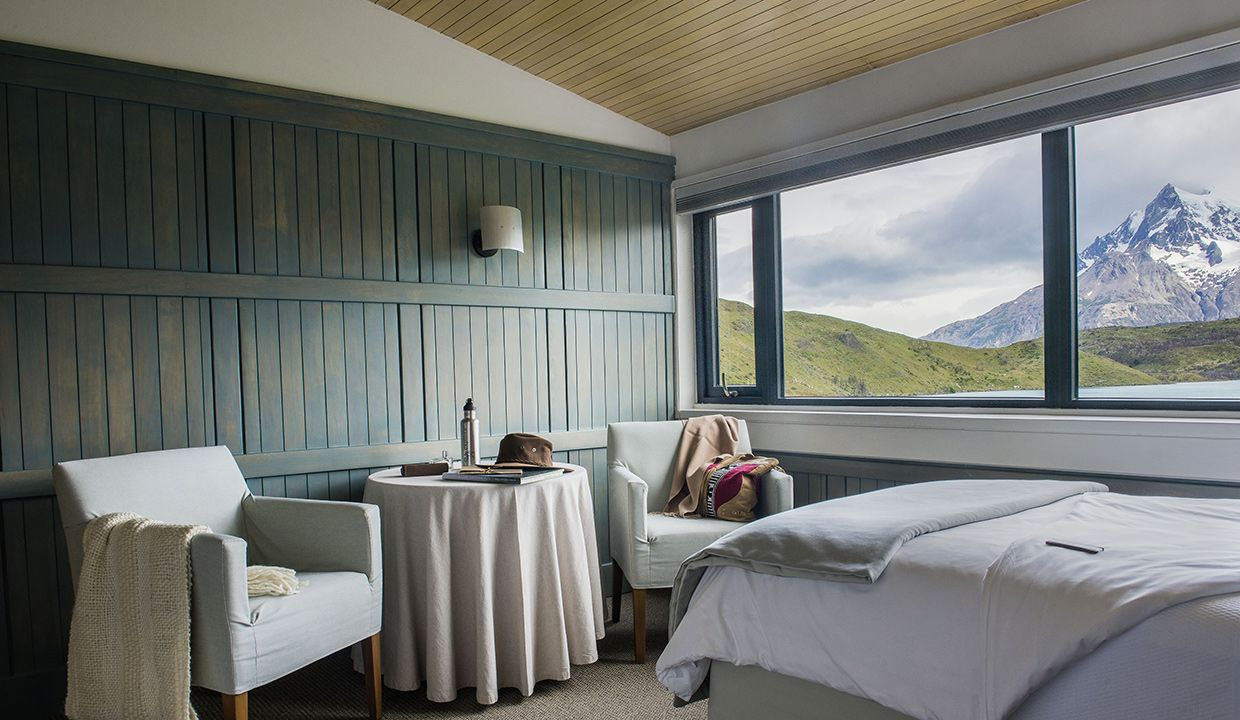 cordillera-paine-room-explora-patagonia-luxury-hotel-and-wilderness
