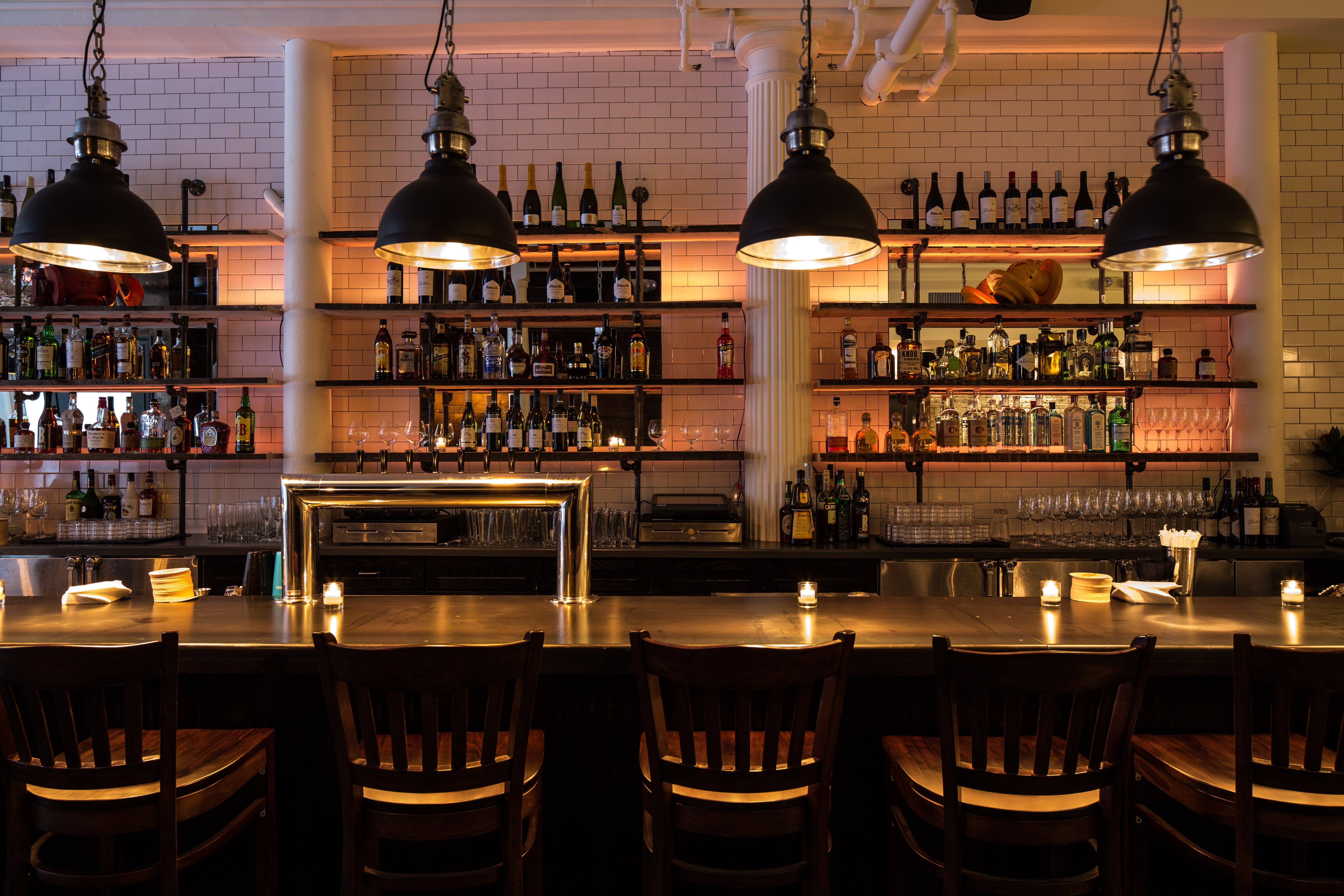 NYC - Almond (Tribeca) - American - Interior - Bar seating