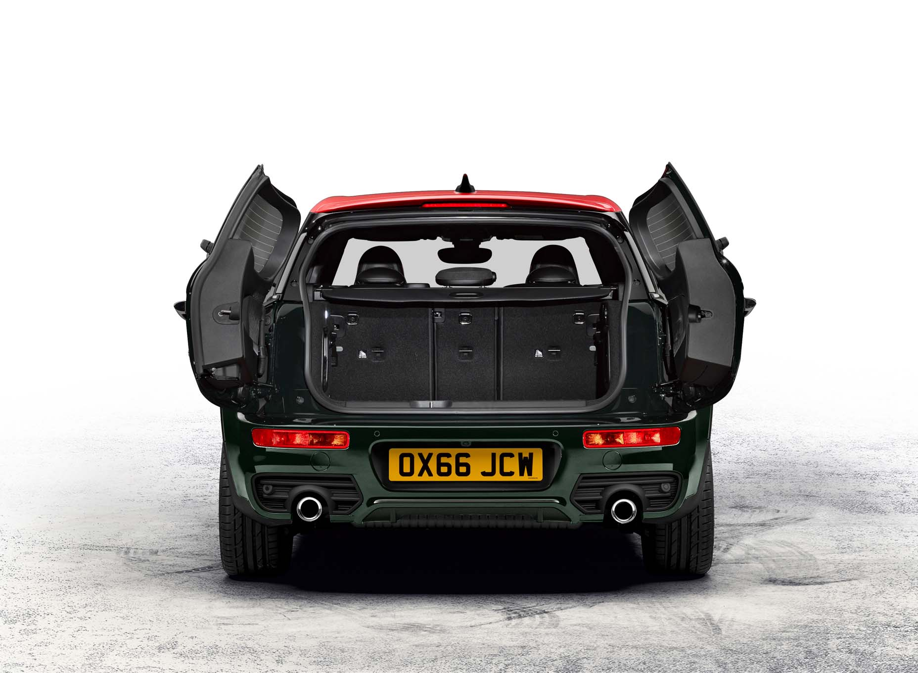 2017-mini-clubman-john-cooper-works-rear-cargo-view-02