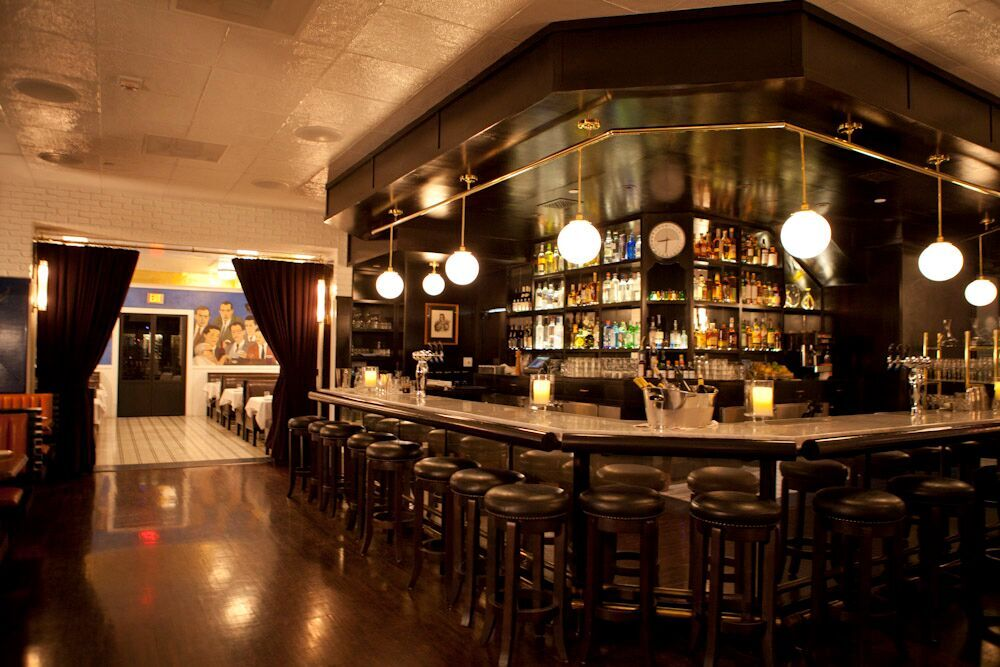 LA - Caulfield's - American - Interior - Bar